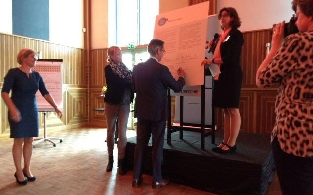Ondertekening Zorgpact West-Brabant